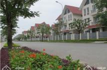 Bán biệt thự thành phố Giao Lưu DT180m nhà xây thô 4tầng vị trí ngay gần hồ điều hoà