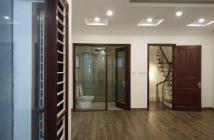Bán nhà phân lô Kim Mã Thượng, DT 40m2, 5 tầng, mặt tiền 4m, ô tô đỗ cửa