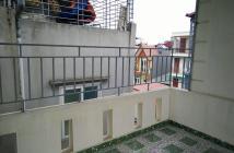 Bán gấp căn nhà trong ngõ 214 đ Nguyễn Xiển, Thanh Trì, 45m2*4 tầng, hướng TB, giá tốt. 0962030550