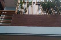 Bán nhà mặt phố Trần Quốc Hoàn, 21m2, 5 tầng, 5.8 tỷ kinh doanh tuyệt vời