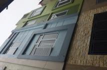 Bán gấp nhà 4 tầng DT 37m2, ngõ 3m, Đình Quán, Từ Liêm, giá 2,2 tỷ