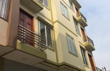 Nhà cực giá sốc Quỳnh Mai 50m2, 5 tầng, MT 6m giá chỉ 5.8 tỷ, ô tô vào nhà