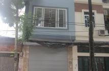 Bán nhà lô góc mặt phố Nguyễn Công Hoan mặt tiền 4,5m