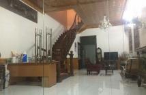 Cần tiền bán gấp nhà mặt phố Giáp Bát, Hoàng Mai, 90m2, MT 4m, 7.2 tỷ