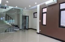 Bán gấp nhà Khương Trung, quận Thanh Xuân, DT 52m2*6 tầng, 4.35 tỷ, Vị trí đẹp