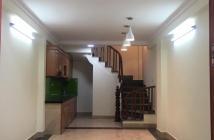 Bán nhà cực đẹp xã Thanh Liệt, nhà 5 tầng x 32m2 hướng Đông Nam, SĐCC giá 2,1 tỷ LH 0979.201.132