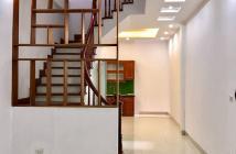 Bán nhà ngõ 135 Bồ Đề 41m2, 5 tầng, giá 3.55 tỷ. LH 0902130310