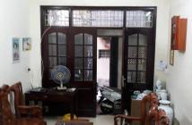 Bán nhà trong phố Ngọc Hà, quận Ba Đình. DT 47m2, 4 tầng, ở luôn đón tết. Giá 5 tỷ.