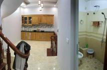 Cần bán nhà mới xây phố Minh Khai 44m2, 4 tầng, MT 4.2m, giá 2.85 tỷ