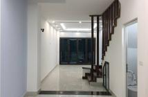 Bán gấp nhà phân lô Nguyễn Văn Cừ, Long Biên 71 m2, 4 tầng, MT 4m, 5.4 tỷ.