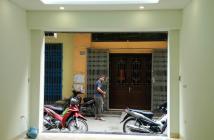 Bán nhà mặt đường Ngõ Quỳnh, Hai Bà Trưng, ngõ rộng 4m ô tô đỗ cửa
