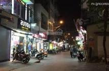 Đất trung tâm thị trấn Trâu Quỳ, kinh doanh cực tốt, giá chỉ 40tr/m2. Lh: 0971361900.