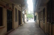 Bán nhà phân lô, ô tô đỗ cửa Lương Khánh Thiện, mặt tiền đẹp 5m, an sinh tốt, nhỉnh 3 tỷ