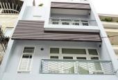 Chính chủ cần bán nhà cạnh ngã tư Vạn Phúc, ô tô vào nhà, giá 2,65 tỷ, 37m2, 0926567668