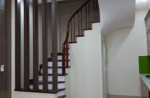 Bán nhà ngõ 180 Hoàng Quốc Việt , mới tinh ,thiết kế đẹp ,giá 3,15 tỷ.LH 0985897541