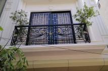 Giảm giá chào bán ngay trong ngày , Nhà Hoàng Quốc Việt 55m, 5 tầng, mt 3,8m, giá 6,3 tỷ . LH 0973522466