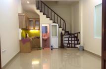 Bán nhà Nguyễn Trãi giá rẻ như bèo, 30m2 * 5 tầng, giá 1.9 tỷ