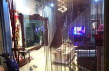 Bán nhà Trương Định, tặng toàn bộ nội thất, 4 tầng, DT 24m2, giá 1.95 tỷ.