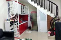 Cần bán nhà đẹp Đội Cấn, Ba Đình, 5 tầng, MT 4m. Giá chỉ 2,95 tỷ
