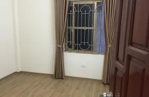 Cần bán cực gấp nhà 5 tầng phố Nguyễn Văn Cừ, 31m2, giá 2,6 tỷ. LH: 0976987000