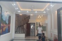 Chính chủ bán nhà Cự Khối, Long Biên, 4 tầng, chỉ 1.65 tỷ, LH: 0969029681