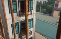 Bán nhà Ngọc Thụy, KD tấp nập, sát chợ, lô góc, ô tô tránh, MT 5m. LH 0967635789
