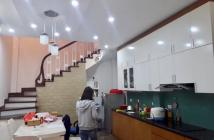 Bán nhà Nguyễn Ngọc Vũ 2 mặt thoáng, đường ô tô, cách phố 100m, DT 65m2, MT 4,1m giá 6,8 tỷ