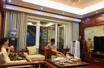 Bán nhà Yên Phụ, Q.Tây Hồ. Lô góc. Full nội thất gỗ. 52m2. Gần ô tô tránh.