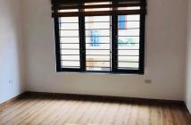 Bán nhà phố Nguyên Khiết quận Hoàn Kiếm. DT40m2*MT4.7m. 2.65tỷ.