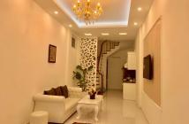 Bán nhà ngõ đẹp nhất phố Hào Nam, lô góc, 43m, 5 tầng giá chỉ nhỉnh 3 tỷ 0347282222