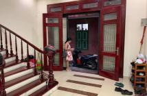Bán nhà ngõ 596 Hoàng Hoa Thám, Tây Hồ, 57m2 x 5 tầng giá chỉ 4,5 tỷ