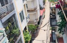 Bán nhà phố Bồ Đề, Gia Lâm DT45m2x5T Lô góc 3.9 tỷ.