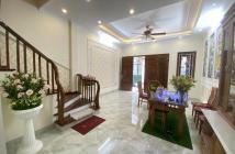 Chính chủ Bán nhà oto vào nhà Trích Sài Võng Thị Tây Hồ 50m2 x5T mới xây hiện đại giá 6.2 tỷ