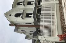 Cần bán nhà biệt thự dt 260m2,xây 3,5 tầng ,mặt tiền 13,5m,giá 43 tr/m2, lh 09889611129.