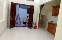 Bán nhà gần ngã tư Xã Đàn, phố Khâm Thiên, Đống Đa 30m2 giá 3.2 tỷ.