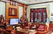 Bán biệt thự sân vườn đẹp phố Ngọc Thụy, Long Biên, 200m2x3T, chỉ 11 tỷ