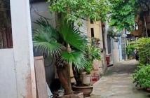 Bán 55m2 đất phố Ngọc Lâm, mặt tiền 5m, lô góc 2 mặt thoáng, 30m ra phố