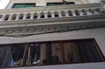 Bán nhà phố Tân Ấp,nhà gần chợ,trường học,80m,mt4.4m,giá 4,4 tỷ.Lh:0989126619.