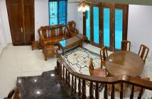 Bán nhà phố Bát Khối 6 tầng gara ô tô, DT 41m2, mt 5,1m. Nhà đẹp, tặng nội thất, gần đường lớn. Giá 4,35 tỷ.