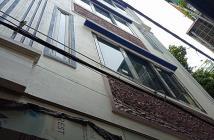 Bán nhà mới tinh Cự Lộc, 40m2, 5 tầng giá 3,75 tỷ.