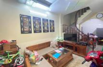 Phân lô Trần Quang Diệu, Đống Đa, dân trí cao, ô tô tránh 32m2, 4 tầng, 4 phòng ngủ, giá 6 tỷ
