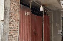 Bán nhà Dịch Vọng 5/10 ngủ 50m x 3.5 tầng mặt tiền 3.9m đất vuông nhà móng 6 tầng xây lên cho thuê